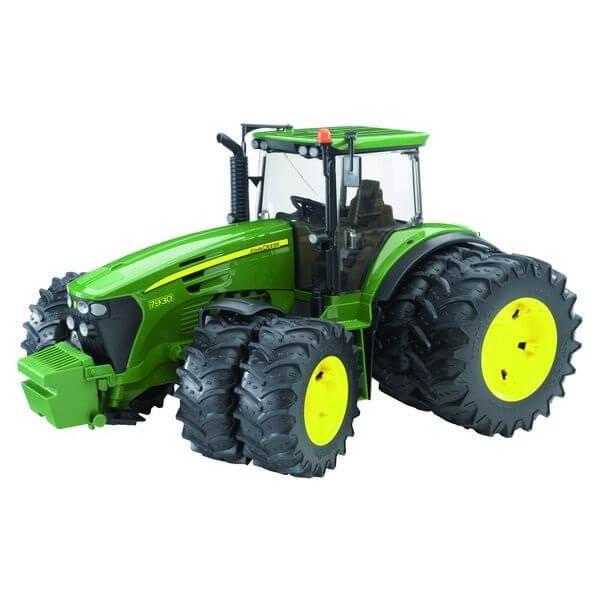 Dupla gumiabroncsú John Deere 7930 játék traktor, Bruder