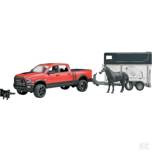 Ram Pickup lószállítóval